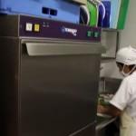 lavadora de vajilla en restaurantes